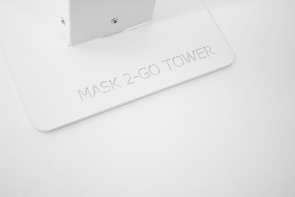 Mask-2-Go-Tower, Fuß